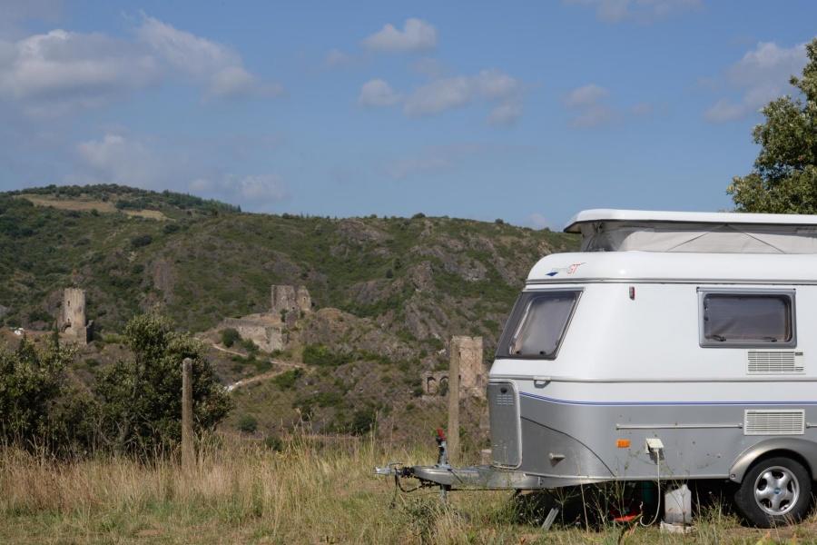 location 1 car tent or caravan camping le belvedere. Black Bedroom Furniture Sets. Home Design Ideas